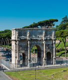 Arco di Constantino (el arco de Constantino) Roma (Roma) Foto de archivo