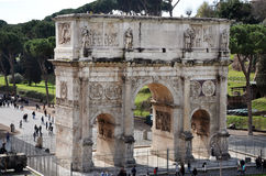 Arco di Costantina vicino al Colosseum a Roma, Italia Immagine Stock Libera da Diritti