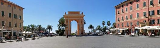 Arco di Margaret della spagna nel finale Ligure fotografia stock