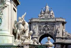 Arco di trionfo nel quadrato di Comercio, Lisbona, Portogallo Fotografia Stock