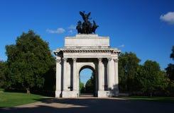 Arco di Wellington in Hyde Park di Londra Fotografia Stock Libera da Diritti