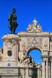 Arco a Dinamarca Rua Augusta e est?tua do rei Joseph em Lisboa fotografia de stock royalty free