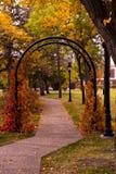 Arco do jardim no outono Fotografia de Stock Royalty Free