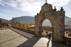 Arco e balaustrada no templo de nossa senhora de Carmen Fotografia de Stock