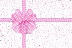 Arco del regalo e carta rosa dei nastri Fotografia Stock Libera da Diritti