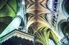 Arco en iglesia gótica belga Imagen de archivo