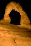 Arco fragile alla notte Fotografie Stock Libere da Diritti