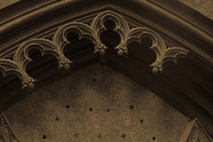 Arco gótico arruinado viejo Fotografía de archivo