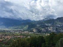 Arco huvudstaden av vaggar klättring italy Royaltyfri Foto