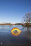 Arco iris congelado en reyes Village del lago Foto de archivo libre de regalías