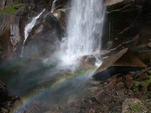 Arco iris de la cascada Fotografía de archivo libre de regalías