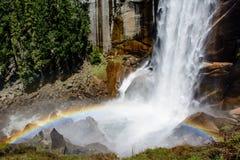 Arco iris de la cascada Imagen de archivo libre de regalías