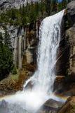 Arco iris de la cascada Foto de archivo