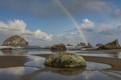 Arco iris de la playa de Bandon Fotos de archivo libres de regalías