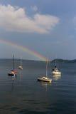 Arco iris de Majourie Italia del lago en el lago Fotografía de archivo