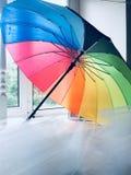Arco iris del paraguas de la boda Imágenes de archivo libres de regalías
