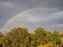 arco iris después de la tormenta fotografía de archivo libre de regalías