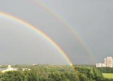 Arco iris doble en la ciudad de Vronezh Foto de archivo libre de regalías
