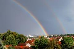 Arco iris en Domazlice, República Checa Foto de archivo