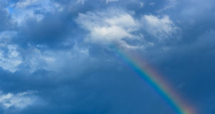 Arco iris en el cielo Fotografía de archivo libre de regalías