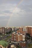 Arco iris en el cielo en St Petersburg Foto de archivo