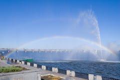 Arco iris en un río Foto de archivo libre de regalías