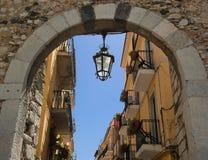 Arco medievale in Taormina. La Sicilia Immagine Stock