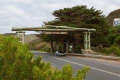 Arco memorável da grande estrada do oceano na vista oriental Imagens de Stock