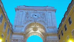 Arco meraviglioso ad Augusta Street a Lisbona archivi video