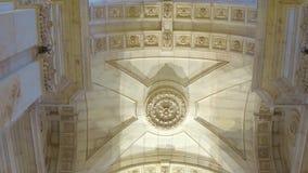 Arco meraviglioso ad Augusta Street a Lisbona video d archivio