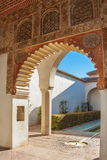 Arco Nazari no castelo de Alcazaba do laga do ¡ de MÃ Fotos de Stock Royalty Free