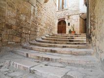 Arco in Oldtown di Giovinazzo. Apulia. Fotografia Stock Libera da Diritti