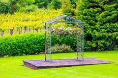 Arco per nozze della vigna Fotografia Stock