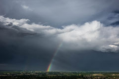 Arco-íris e temporal, cidade rápida, South Dakota Fotografia de Stock
