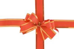 Arco rojo del día de fiesta en el fondo blanco Imágenes de archivo libres de regalías