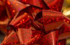 Arco rosso di spostamento di regalo di natale Immagine Stock Libera da Diritti