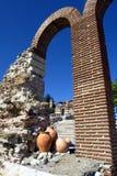 Arco semicircolare dell'alto mattone Fotografia Stock Libera da Diritti