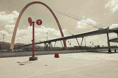 Arco suspendido gigante (paisaje) Fotografía de archivo