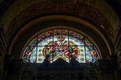 ARCO, TRENTINO/ITALY - 28 ΜΑΡΤΊΟΥ: Λεκιασμένο παράθυρο γυαλιού στο κοβάλτιο Στοκ Εικόνες