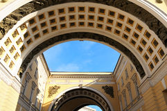 Arco trionfale quadrato del palazzo Immagine Stock