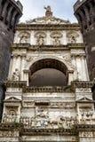 Arco triunfal de Castel Nuovo, Nápoles imagens de stock royalty free