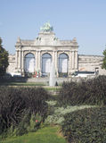 Arco triunfal Parc du Cinquantenaire Quinquagésimo Anniversay Jubil Imagens de Stock