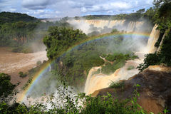 Arcobaleno di caduta di Iguazu in Argentina Immagine Stock Libera da Diritti