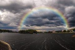 Arcobaleno sopra la città di Khmelnytskyy Immagini Stock Libere da Diritti