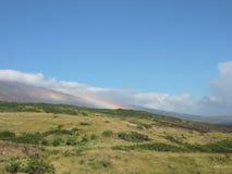 Arcobaleno sulla montagna Immagini Stock Libere da Diritti