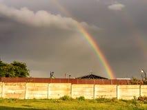 Arcobaleno variopinto dopo la tempesta Immagine Stock Libera da Diritti