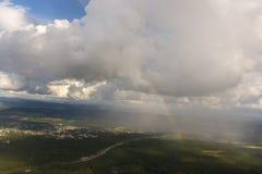 Arcobaleno visto dall'aereo Immagini Stock