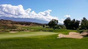 Arcones y espacios abiertos en el campo de golf de las leyendas, California meridional imágenes de archivo libres de regalías