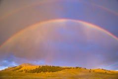 Arcos-íris dobro sobre o vale de Lamar Foto de Stock Royalty Free