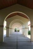 Arcos com profundidade da perspectiva Fotos de Stock Royalty Free
